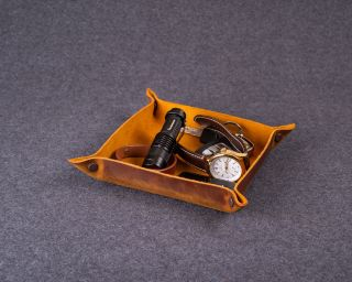 Personalized Leather Tray, M Size In Rich Brown